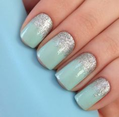 Love mint nails for spring! It's my favorite color!