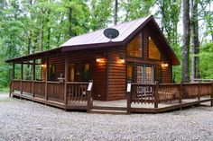 King Bed, with Double Jacuzzi, Wifi, & Fireplace - Broken Bow, Cabin House Plans, Log Cabin Homes, Lake Cabins, Cabins And Cottages, Home Design Plans, Plan Design, Design Ideas, Outdoor Kitchen Countertops, Granite Countertops
