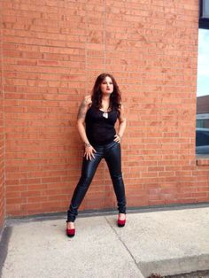Nikki T Leather Pants, Chic, Artist, Style, Fashion, Leather Jogger Pants, Shabby Chic, Swag, Moda