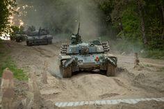 Battle Tank, Modern Warfare, Military Vehicles, Tanks, Westerns, Army Vehicles, Shelled, Military Tank, Thoughts