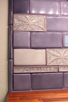 Purple Bathrooms, White Bathroom, Bathroom Wall, Small Bathroom, Küchen Design, Tile Design, Backsplash Design, Design Ideas, Backsplash Ideas