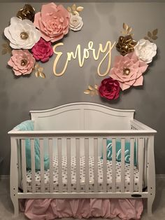 33 Adorable Nursery Room Ideas For Baby Girl - Baby - Bebe Baby Bedroom, Nursery Room, Girls Bedroom, Nursery Name Decor, Baby Girl Rooms, Room Baby, Baby Girl Nursery Themes, Themed Nursery, Baby Girl Nurseries