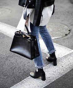 "4cd3ddfe1d83 mamen hazañas on Instagram  ""Repost   creativeecho Bag  fendi  streetstyle   inspiration  cool  fashionstyle  camisablanca  jeans  luxurybag  blogger  ..."