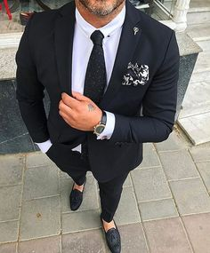 Beautiful suit! What do you think about this suit? Yes or No? #suits #fashion #style #menswear via@menwithclass