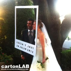 Idea para eco bodas: photocall de cartón · Tendencias de Bodas Magazine