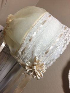 Ecru Organdy and Lace Baby Bonnet.Ecru Organdy and Lace Baby Bonnet. Smocked Baby Dresses, Christening Gowns, Baptism Dress, First Communion Dresses, Vintage Baby Clothes, Baby Bonnets, Heirloom Sewing, Lace, Smocking