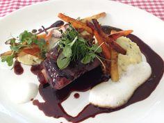 Querrippe vom Almochsen im Kugler Alm in Oberhaching. Lust Restaurants zu testen und Bewirtungskosten zurück erstatten lassen? https://www.testando.de/so-funktionierts