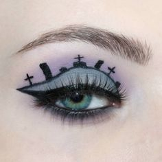 creative makeup – Hair and beauty tips, tricks and tutorials Fox Makeup, Makeup Geek, Makeup Inspo, Makeup Art, Makeup Ideas, Halloween Eye Makeup, Halloween Eyes, Maquillage Halloween, Eyelash Enhancer