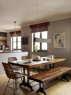 Best Cozy Rustic Dining Room Decor Ideas You May Love - Page 51 of 70 - Diaror Diary Dining Room Design, Dining Room Furniture, Dining Rooms, Kitchen Dining, Kitchen Decor, Kitchen Ideas, Dining Table, Industrial Dining, Warm Industrial