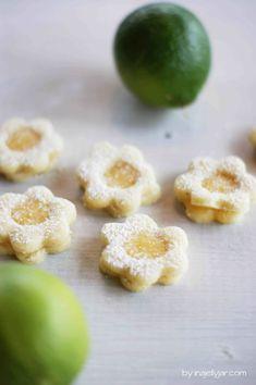 Lemon Curd Kekse | die zarten, zitrus-frischen Kekse mit zitronigem Lemon Curd schmecken nicht nur zu Weihnachten