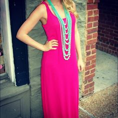 $18.50 Solid knit maxi dress www.shopthepinkroomboutique.com