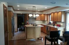 Murph's Custom, LLC offers laminate countertop repair in McHenry. They are available for your needs. Check out their stainless steel countertop reviews online.