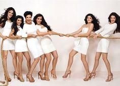 Kim Kardashian, Kourtney Kardashian, Khloe Kardashian, Kris Jenner, Kendall Jenner & Kylie Jenner The Kardashian's Khloe Kardashian, Familia Kardashian, Kardashian Fashion, Kris Jenner, Kendall And Kylie Jenner, Best Celebrity Halloween Costumes, Jenner Girls, Pokerface, Jenner Family