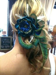 peacock wedding colors <3