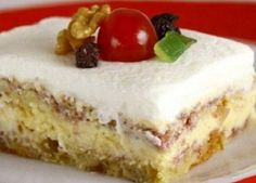 Pavê de Natal (Brasil) Other Recipes, Sweet Recipes, Real Food Recipes, My Recipes, Dessert Recipes, Yummy Food, Favorite Recipes, Cream Cheese Danish, Cheesecake