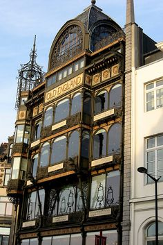 BRUSSELS, BELGIUM - Musical Instruments Museum - consists of some 3,666 articles, among which 3,177 were original musical instruments