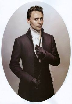 *drool* | okay, so this is actually photoshopped and not from anything in particular, but STILL. Hiddles... in a cravat... and period wear in general. *swoon*
