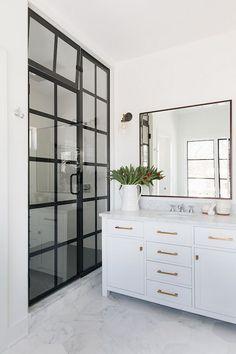 29 Modern Minimalist Master Bathroom Design with Black Shower Frames Framed Shower Door, Glass Shower Doors, Bathroom Doors, Budget Bathroom, Small Bathroom, Master Bathroom, Bathroom Ideas, Basement Bathroom, Bathroom Remodeling