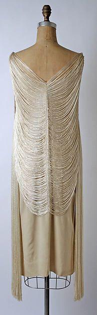 Evening dress (image 3 - back) | Designer: Madeleine Vionnet; Maker: Sophie Gimbel for Salon Moderne of Saks Fifth Avenue | American or European | 1925 | silk | Metropolitan Museum of Art | Accession Number: C.I.46.16.10