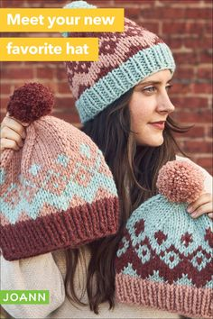 Beanies make great gifts and they're easy to knit! Pick your favorite color pattern in this trio of knit beanies or make all three to give as gifts to family & friends Fair Isle Knitting, Loom Knitting, Knitting Stitches, Knitting Patterns, Crochet Patterns, Crochet Bebe, Cute Crochet, Knit Crochet, Crochet Hats