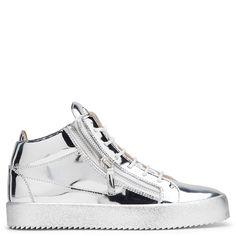 Giuseppe Zanotti Vegas high-top sneakers in metallic silver leather 635 EUR.