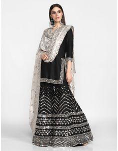 Buy Embellished Kurta Sharara Set by Abhinav Mishra at Aza Fashions Source by ramancuty dresses indian Sharara Designs, Indian Fashion Dresses, Dress Indian Style, Pakistani Dress Design, Pakistani Outfits, Indian Wedding Outfits, Indian Outfits, Bridal Outfits, Ethnic Outfits