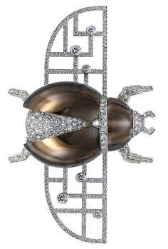 Cartier, Broche scarabée bionique, s.d., diamant, platine. Nick Welsh, Collection