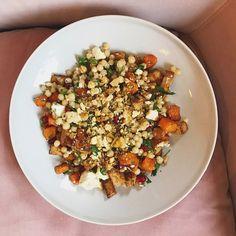 Culy Homemade: parelcouscoussalade met zoete aardappel, feta & granaatappel