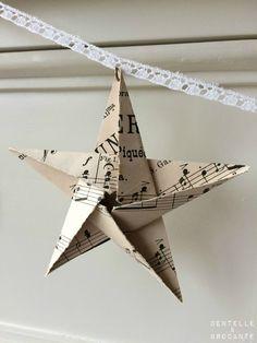 DEB Guirlande d'étoiles: partition de musique et dentelle!