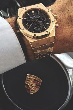 Audemars Piguet x Porsche. Watches are my secret addiciton. I also love Stylish Bracelets. Audemars Piguet x Porsche. Watches are my secret addiciton. I also love Stylish Bracelets. Cool Watches, Rolex Watches, Men's Accessories, Piguet Watch, Mens Fashion Blog, Style Fashion, Luxury Watches For Men, Luxury Watch Brands, Patek Philippe