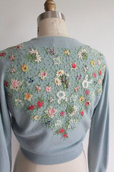"motleycraft-o-rama: "" From Vaux Vintage on Etsy. """