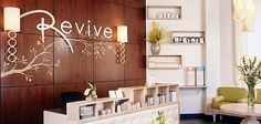 Love the letters behind the front desk. Salon And Spa Design Ideas Beauty Salon Decor, Beauty Salon Design, Beauty Salon Names, Spa Interior, Salon Interior Design, Spa Design, Design Ideas, Revive Spa, Deco Spa