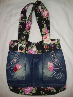 I love Jeans ! And even more I like to sew my own Jeans. Next Jeans Sew Along I'm going to disclose my skilled Diy Bags Purses, Purses And Handbags, Sacs Tote Bags, Denim Handbags, Denim Purse, Denim Bags From Jeans, Jeans Pants, Denim Ideas, Denim Crafts