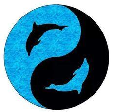Yin-Yang: A taijitu with dolphins representing the dot elements Arte Yin Yang, Ying Y Yang, Yin Yang Art, Yin Yang Tattoos, Yen Yang, Dolphin Silhouette, Yin Yang Designs, Dolphins Tattoo, Dolphin Art