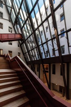 Image 5 of 77 from gallery of Central European University / O'Donnell + Tuomey. Photograph by Tamás Bujnovszky University Interior Design, University O, Construction, House Stairs, O Donnell, Old Buildings, Skylight, Contemporary Architecture, Gallery