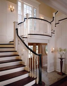 Conard Romano Architects traditional staircase and foyer, interior design ideas and home decor