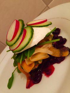 #radish #mozarella #cucumber #carot Caprese Salad, Cucumber, Salads, Vegetables, Healthy, Food, Essen, Vegetable Recipes, Meals