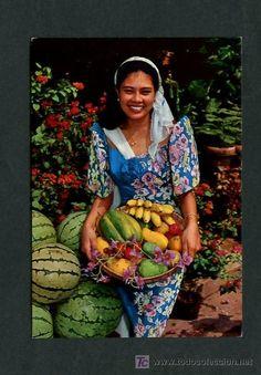 VENEZUELA Edo. Bolivar. *Traje tipico Venezolano y frutas tropicales*
