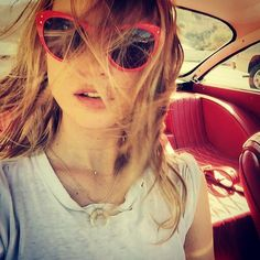 15 Reasons Why Blondes Have More Fun: From Gisele Bündchen's Surfer Girl Streaks to Lara Stone's Icy Platinum Behati Prinsloo, Adam And Behati, Cool Blonde Hair, Lara Stone, Gisele Bundchen, Gal Pal, Tomboy Fashion, Taylor Swift, Victoria's Secret