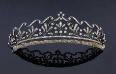 Royal Tiaras, Tiaras And Crowns, Royal Jewels, British Crown Jewels, Diamond Tiara, Rose Cut Diamond, Diamond Jewelry, Circlet, Diamond Shapes