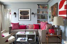Pink pillows with gray walls and tan sofa. Living Room White, Living Room Modern, My Living Room, Living Spaces, Grey Interior Design, Interior Design Living Room, Sofa Living, Decoration Gris, Grey Walls