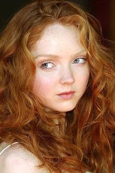 One look at her and I want her to be mine!!! This redhead is beautiful
