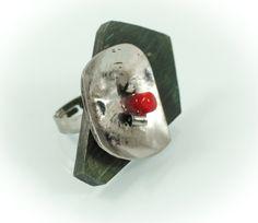 Bo-at ring, horn wood/Murano glass/silver/ 4,5 cm. www.leontinpaun.ro Buy online - www.fine-art.ro
