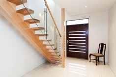 how to fasten a wooden mono stringer staircase - Yahoo Image Search Results Timber Staircase, House Staircase, Wooden Staircases, Wood Stairs, Modern Staircase, Stairs Stringer, Low Country, Wood Paneling, Bauhaus