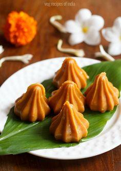mawa modak recipe for ganesh chaturthi festival. quick and tasty modaks made with khoya. #ganeshchaturthi #modak