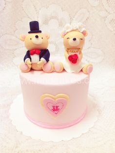 Teddy Family Cake Topper Designer Cakes Cupcakes And Sugarcraft By Mel SugarMama Sugarandspicecakesconz