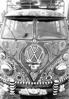 The 'OOH NOO' Bus is owned by Rob Coward and was painted by   Scramble Campbell    Omni Center, Atlanta, GA  March 31, 1994 ☮ see more  #VWBus on https://www.pinterest.com/wfpblogs/vw-bus/