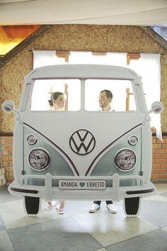 trouver la meilleure idée photobooth, décor de photobooth bus hippie pour une séance photo originale