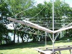 DIY clothes drying rack/clothes line with hanger holes. Diy Clothes Dryer, Hanging Clothes Dryer, Diy Clothes Drying Rack, Drying Rack Laundry, Outdoor Deck Decorating, Outdoor Decor, Solar Energy Projects, Diy Summer Clothes, Sr1