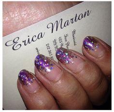 Glitter ombre nails #nails #nailart #glittet #glitternails #manicure #businesscard #ombre #ombrenails #nailtrend